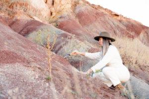 stella maria baer digging dirt
