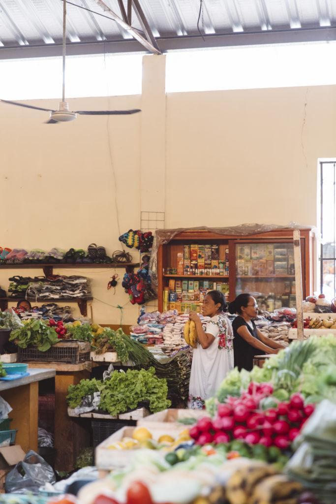 vallidolid market mexico yucatan